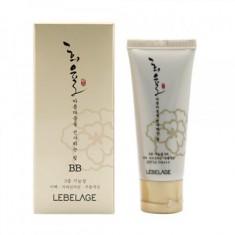 BB-крем с муцином улитки SPF 50+/PA+++ Lebelage Heeyul Premium Snail BB