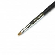 Кисть для теней и прорисовки мелких деталей MAKE-UP-SECRET 126 (соболь)